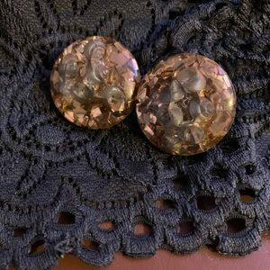 💥FINAL PRICE!🌻Vtge. champagne clip on earrings